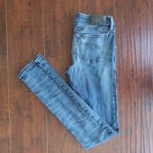 Ripped Skinny Diesel Jeans Low-Rise